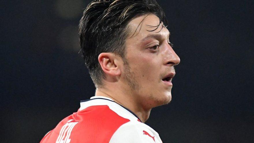 Arsenal devre arası için transfer atağına geçiyor