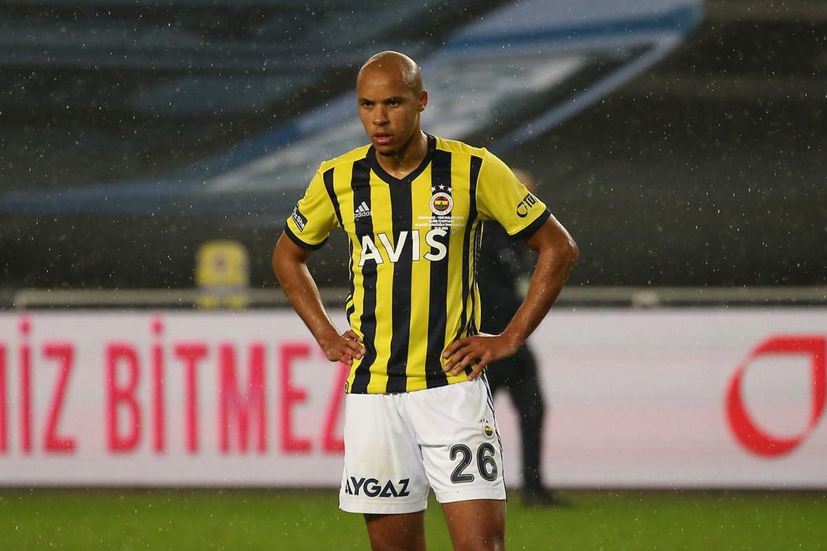 Fenerbahçe'de flaş Tisserand gelişmesi